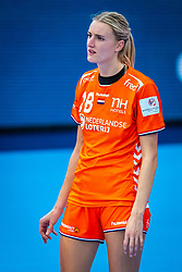 Kelly Dulfer of Netherlands during the Women's EHF Euro 2020 match between Netherlands and Germany at Sydbank Arena on december 14, 2020 in Kolding, Denmark (Photo by RHF Agency/Ronald Hoogendoorn)