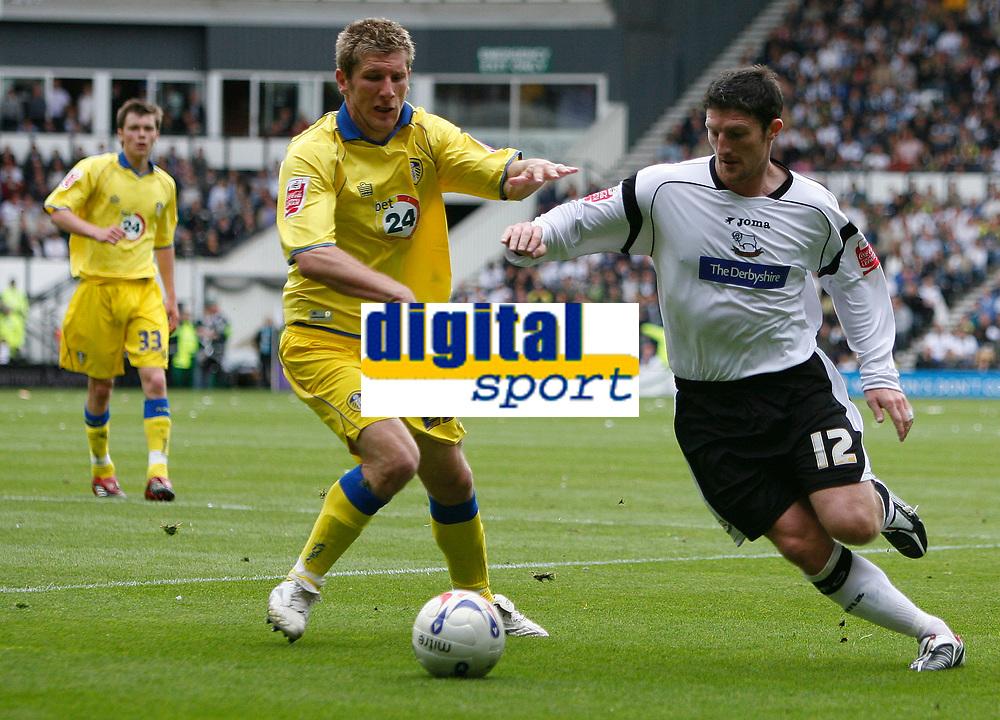Photo: Steve Bond.<br />Derby County v Leeds United. Coca Cola Championship. 06/05/2007. Jon Macken (R) takes on Richard Cresswell (L)