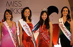 Luciana Hikari Kuamoto é a Miss Nikkei RS 2008. A 1a Princesa, ficou a Thyelli Yogui, a 2a Princesa é Aida Mayumi Menezes e a miss Simpatia é Clarissa K. Rodrigues Taniguichi. A festa foi mais do que uma noite de desfiles. Shows de dança e apresentações de karaokê fizeram do evento um grande palco da cultura japonesa no Estado. FOTO: Itamar Aguiar / Preview.com