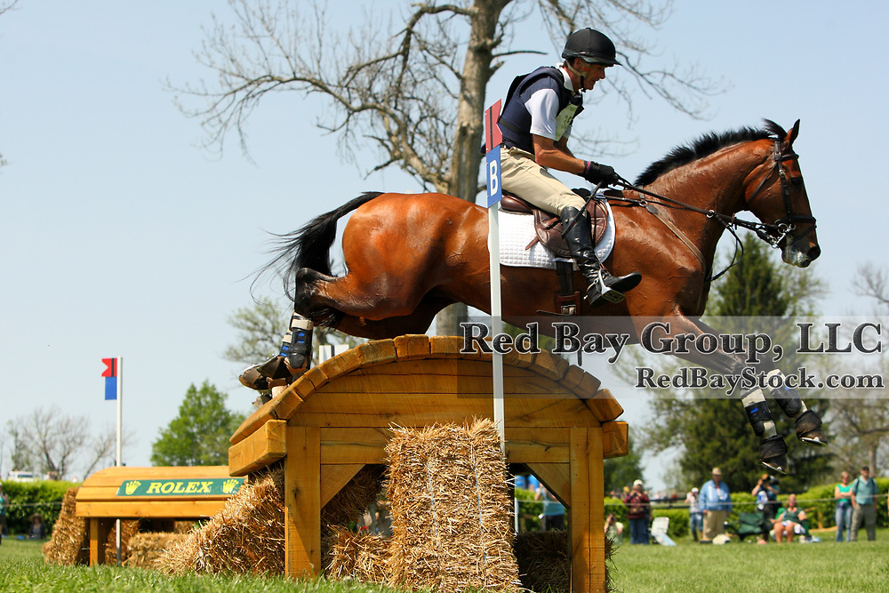 Mark Todd and Grass Valley at the 2011 Rolex Kentucky Three-Day Event in Lexington, KY.
