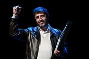 20210922/ Javier Calvelo - adhocFOTOS/ URUGUAY/ MONTEVIDEO/ En el Teatro El Galpón El PIT CNT realizó un homenaje a Fernando Pereira que culmina su mandato como presidente del PIT CNT. <br /> En la foto:  Fernando Pereira, durante su homenaje despedida del PIT CNT, en el Teatro El Galpón en Montevideo. Foto: Javier Calvelo / adhocFOTOS