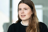 12 MAR 2020, BERLIN/GERMANY:<br /> Luisa Neubauer, Klimaschutzaktivistin, Fridays for Future, waehrend einem Interview, Redaktion Rheinische Post<br /> IMAGE: 20200312-01-002