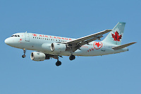 Air Canada Airbus A319 landing in Vancouver