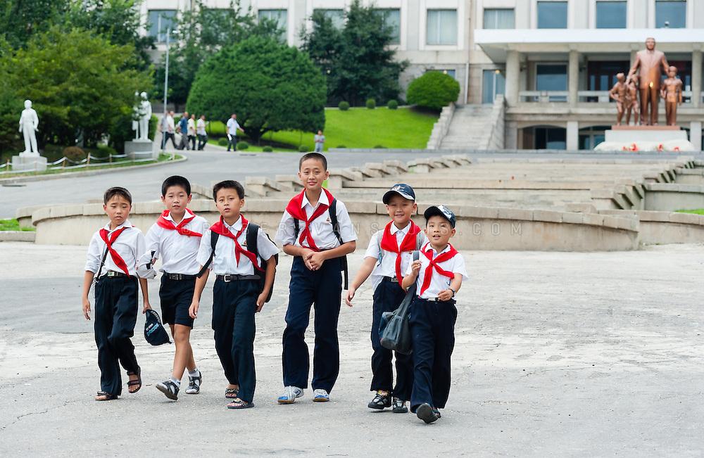 School children at Pyongyang Students and Children's Palace, Pyongyang, DPRK (North Korea)