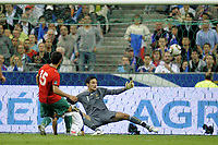 FOOTBALL - UEFA EURO 2012 - QUALIFYING - GROUP D - FRANCE v BELARUS - 3/09/2010 - PHOTO JEAN MARIE HERVIO / DPPI - GOAL SERGEI KISLYAK (BIE) / HUGO LLORIS (FRA)
