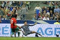 FOOTBALL - UEFA EURO 2012 - QUALIFYING - GROUP D - FRANCE v BELARUS - 3/09/2010 - PHOTO JEAN MARIE HERVIO / DPPI - GOAL SERGEI KISLYAK (BIE) / HUGO LLORIS (FRA)