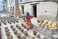 Nepal. Vallee de Katmandou. Village de potier de Thimi. // Nepal. Kathmandu valley. Potter village of Thimi.