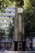 Vitoria_ES, Brasil...Praca 8 de Setembro em Vitoria. Na foto o relogio da praca...8 de Setembro square in Vitoria. In this photo the clock in the square...Foto: LEO DRUMOND / NITRO