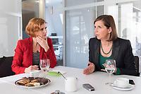 15 OCT 2019, BERLIN/GERMANY:<br /> Katja Kipping (L), Die Linke, Prteivorsitzende, und Katrin Goering-Eckardt (R), B90/Gruene, Fraktionsvorsitzende, wahrend einem Doppeninterview, Hauptstadtredaktion Rheinsche Post<br /> IMAGE: 20191015-01-007<br /> KEYWORDS: Göring-Eckardt