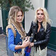NLD/Amsterdam/20101018 - Lunch 25 jarig bestaan blad Beau Monde, Nikkie Plessen en Judith Osborn