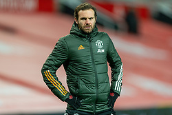 MANCHESTER, ENGLAND - Friday, January 1, 2020: Manchester United's Juan Mata during the pre-match warm-up before the New Year's Day FA Premier League match between Manchester United FC and Aston Villa FC at Old Trafford. The game was played behind closed doors due to the UK government putting Greater Manchester in Tier 4: Stay at Home during the Coronavirus COVID-19 Pandemic. (Pic by David Rawcliffe/Propaganda)