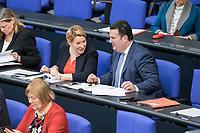 14 FEB 2019, BERLIN/GERMANY:<br /> Franziska Giffey (L), SPD, Bundesfamilienministerin, und Hubertus Heil (R), MdB, SPD; Bundesarbeitsminister, , Bundestagsdebatte, Plenum, Deutscher Bundestag<br /> IMAGE: 20190214-01-062<br /> KEYWORDS: Bundestag, Debatte