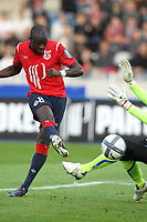 Fotball<br /> Frankrike<br /> Foto: Dppi/Digitalsport<br /> NORWAY ONLY<br /> <br /> FOOTBALL - FRENCH CHAMPIONSHIP 2010/2011 - L1 - LILLE OSC v AJ AUXERRE - 19/09/2010<br /> <br /> GOAL MOUSSA SOW (LOSC)