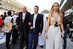 Former Spanish King Juan Carlos with Carmen Jorda (ESP) Renault Sport F1 Team Development Driver.<br /> 27.11.2016. Formula 1 World Championship, Rd 21, Abu Dhabi Grand Prix, Yas Marina Circuit, Abu Dhabi, Race Day.<br /> Copyright: Moy / XPB Images / action press