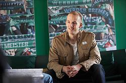 21.03.2010, Weser Satdion, Bremen, GER,  1.FBL, Werder Bremen, im Bild Petri Pasanen ( Werder   #03 ) Privat - Feature - Story, EXPA Pictures © 2010, PhotoCredit: EXPA/ nph/  Heidmnann / SPORTIDA PHOTO AGENCY