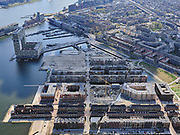 Nederland, Noord-Holland, Amsterdam; 16-04-2021; stadsontwikkeling, nieuwe woonwijk met kunstmatige eilanden op de plaats van de voormalige Houthavens.<br /> Urban development, residential area on the site of the former Houthavens.<br /> <br /> luchtfoto (toeslag op standard tarieven);<br /> aerial photo (additional fee required)<br /> copyright © 2021 foto/photo Siebe Swart