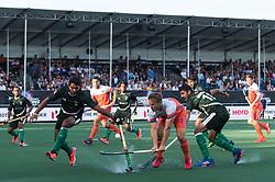 (L-R) Mubashar Ali of Pakistan, Jeroen Hertzberger of The Netherlands, Ammad Shakeel Butt of Pakistan during the Champions Trophy match between the Netherlands and Pakistan on the fields of BH&BC Breda on June 26, 2018 in Breda, the Netherlands