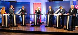 26.05.2019, Haus der Europaeischen Union, Wien, AUT, Runde der Spitzenkandidaten bei Puls 4, im Bild v. l. Claudia Gamon (NEOS), Harald Vilimsky (FPOe), Othmar Karas (OeVP), Andreas Schieder (SPOe), Werner Kogler (Gruene), Johannes Voggenhuber (JETZT)// during round of top candidates at Puls 4 at the Haus der Europaeischen Union in Vienna, Austria on 2019/05/26. EXPA Pictures © 2019, PhotoCredit: EXPA/ Florian Schroetter