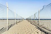 Accesso al mare. Margherita di Savoia. BAT, 8 gennaio 2014. Christian Mantuano / OneShot