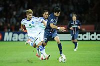 FOOTBALL - UEFA CHAMPIONS LEAGUE 2012/2013 - GROUP STAGE - GROUP A - PARIS SAINT GERMAIN v DYNAMO KIEV - 18/09/2012 - PHOTO JEAN MARIE HERVIO / REGAMEDIA / DPPI - JAVIER PASTORE (PSG) / MIGUEL VELOSO (KIEV)