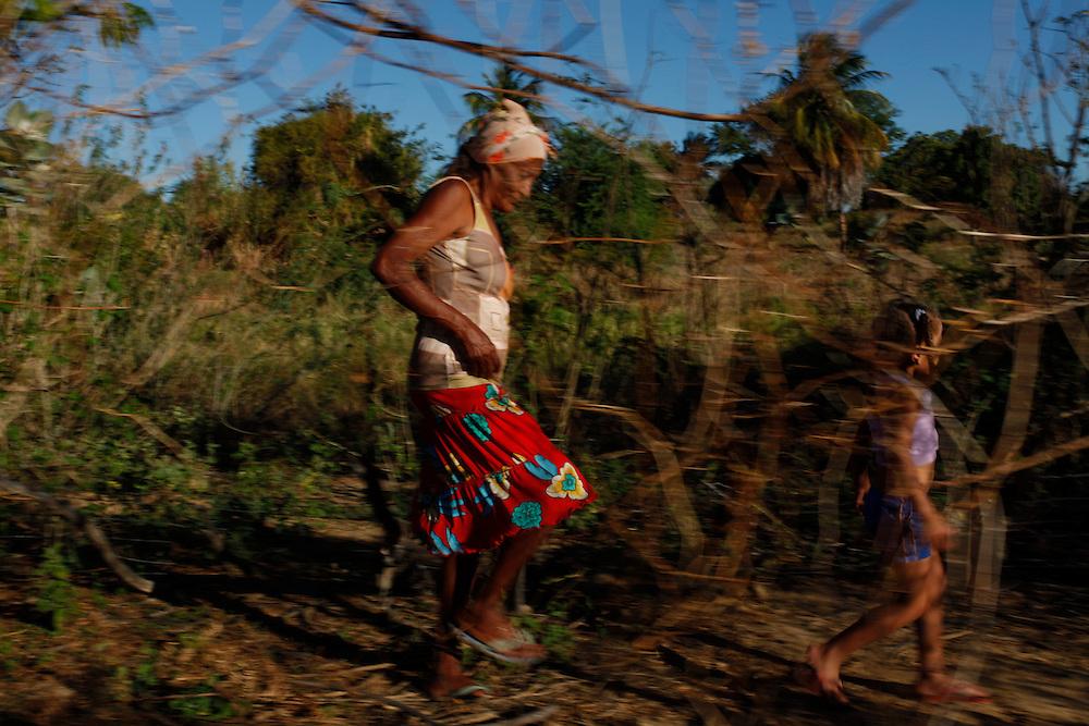 Petrolina_PE, Brasil.<br /> <br /> Cotidiano de uma mulher na ilha do Mansangano em Petrolina, Pernambuco.<br /> <br /> The daily life of a woman in the Mansangano Island in Petrolina, Pernambuco.<br /> <br /> Foto: LEO DRUMOND / NITRO