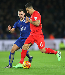 Roberto Firmino of Liverpool and Danny Drinkwater of Leicester City in action - Mandatory byline: Jack Phillips/JMP - 02/02/2016 - FOOTBALL - King Power Stadium - Leicester, England - Leicester City v Liverpool - Barclays Premier League