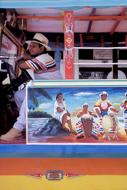 Chiva (bus) Cartegena, Colombia