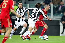 10.04.2013, Juventus Stadium, Turin, ITA, UEFA Champions League, Juventus Turin vs FC Bayern Muenchen, Viertelfinale, Rueckspiel, im Bild am Ball Franck RIBERY #7 (FC Bayern Muenchen) aus Juve Sicht Simone PADOIN #20 (Juventus Turin) und Andrea PIRLO #21 (Juventus Turin) // during the UEFA Champions League best of eight 2nd leg match between Juventus FC and FC Bayern Munich at the Juventus Stadium, Torino, Italy on 2013/04/10. EXPA Pictures © 2013, PhotoCredit: EXPA/ Eibner/ Kolbert..***** ATTENTION - OUT OF GER *****
