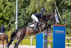 Laseur Megan, BEL, Ivysinaa<br /> Nationaal Kampioenschap KWPN<br /> 7 jarigen springen final<br /> Stal Tops - Valkenswaard 2020<br /> © Hippo Foto - Dirk Caremans<br /> 19/08/2020