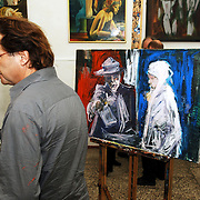 NLD/Amsterdam/20051110 - Opening expositie Bajeskunst: 'Koningin Beatrix uit de gevangenis' galerie Donkersloot Amsterdam,