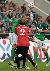 18.09.2010, Weserstadion, Bremen, GER, 1. FBL, Werder Bremen vs 1. FSV Mainz 05, im Bild Bo Svensson (Mainz #2, vorn), Marko Arnautovic (Bremen #7, hinten)   EXPA Pictures © 2010, PhotoCredit: EXPA/ nph/  Frisch+++++ ATTENTION - OUT OF GER +++++ / SPORTIDA PHOTO AGENCY