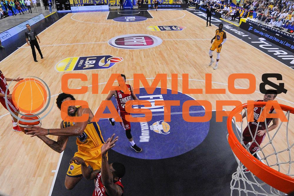 McAdoo James Michael<br /> FIAT Torino - Alma Pallacanestro Trieste<br /> Lega Basket Serie A 2018-2019<br /> Torino 13/10/2018<br /> Foto M.Matta/Ciamillo & Castoria