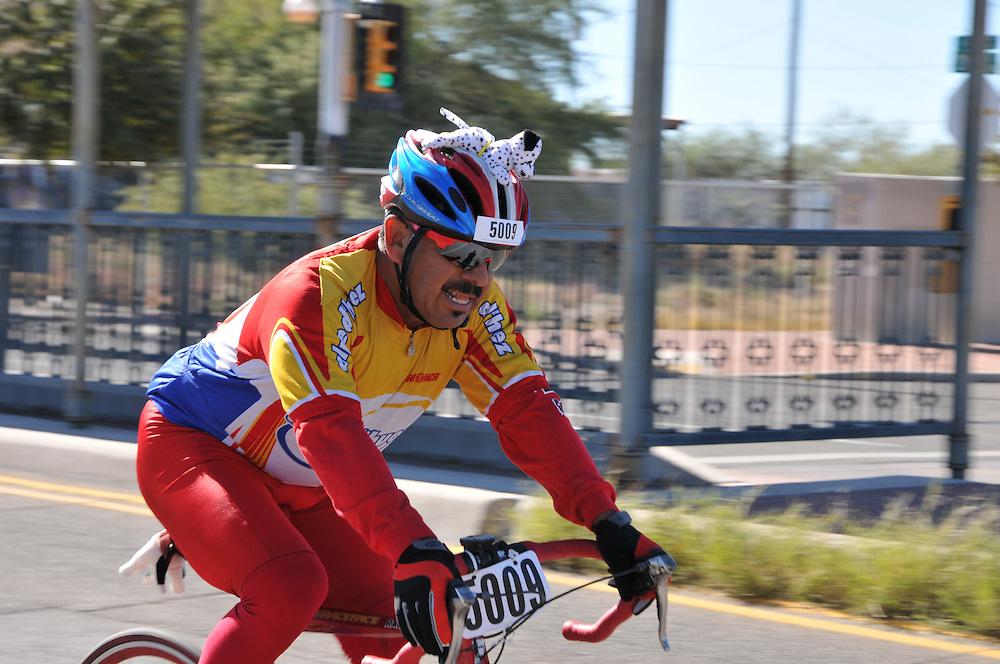 El Tour de Tucson 2015 finisher on 6th Avenue. Bike-tography by Martha Retallick.