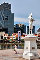 Singapour, le quartier colonial, Boat Quay et la statue de Raffles // Singapore, Colonial District, Raffles statue and Boat Quay