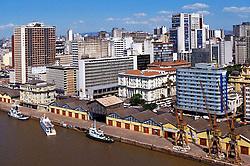 Vista aérea do Cais do Porto localizado na Avenida Mauá, no centro da cidade de Porto Alegre. <br /> FOTO: Jefferson Bernardes/Preview.com