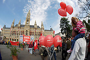 Maiaufmarsch (Labour Day March) in front of Vienna's City Hall of the SPOE (Social Democratic Party of Austria)