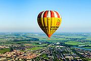 Nederland, Utrecht, Utrecht, 23-08-2016; ballonvaart boven Houten.<br /> Balloon flight, south of Utrecht.<br /> aerial photo (additional fee required); <br /> luchtfoto (toeslag op standard tarieven);<br /> copyright foto/photo Siebe Swart