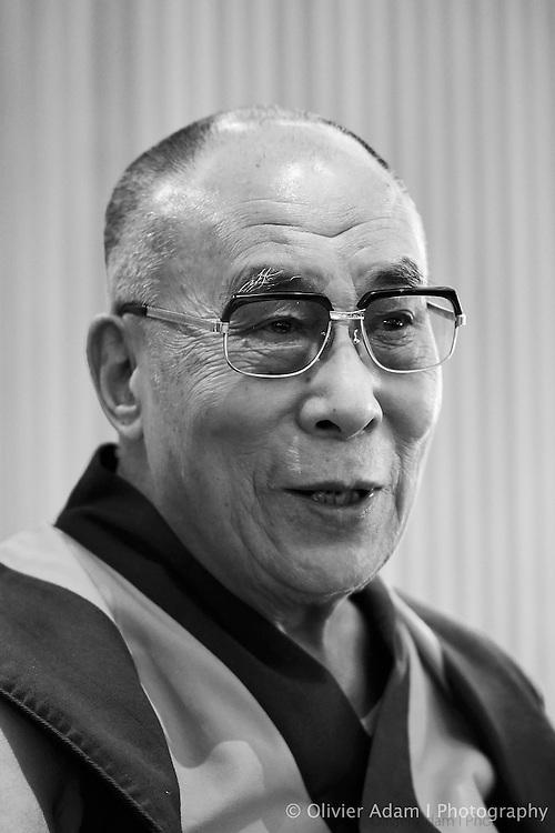 Press conference in Norway Parlement. Dalai Lama