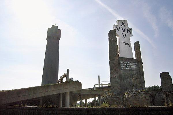 Belgie, Diksmuide, 4-9-2005Het ijzermonument.  Vlaanderen, vlaams nationalisme, onafhankelijkheid, symbool , de grote oorlog. the great war, belgium, WW-1, monument. VVK, AVVFoto: Flip Franssen/Hollandse Hoogte
