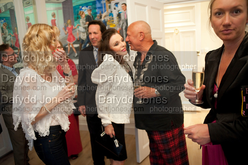 JOAN COLLINS; STEVEN BERKOFF, Drinks party hosted by Basia Briggs. Sloane Gdns. London. 24 May 2010. -DO NOT ARCHIVE-© Copyright Photograph by Dafydd Jones. 248 Clapham Rd. London SW9 0PZ. Tel 0207 820 0771. www.dafjones.com.