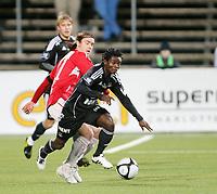 Fotball <br /> Tippeligaen<br /> Gjemselunden Stadion <br /> 31.10.2010<br /> Kongsvinger  v Rosenborg  0-0<br /> Foto: Dagfinn Limoseth, Digitalsport<br /> Carl-Erik Torp , Kongsvinger og Antony Annan  , Rosenborg