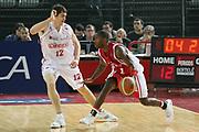 DESCRIZIONE : Roma Lega A1 2006-07 Lottomatica Virtus Roma Whirlpool Varese <br /> GIOCATORE : Keys <br /> SQUADRA : Whirlpool Varese <br /> EVENTO : Campionato Lega A1 2006-2007 <br /> GARA : Lottomatica Virtus Roma Whirlpool Varese <br /> DATA : 25/04/2007 <br /> CATEGORIA : Palleggio <br /> SPORT : Pallacanestro <br /> AUTORE : Agenzia Ciamillo-Castoria/G.Ciamillo