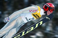 Hopp: 15.12.2001 Engelberg, Schweiz, Weltcup Skispringen Der Norweger Anders Bardal beim Weltcupspringen im Schweizerischen Engelberg. <br /><br />Foto: Andy Müller, Digitalsport