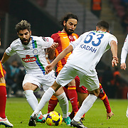 Galatasaray's Selcuk Inan (C) during their Turkish Super League soccer match Galatasaray between Caykur Rizespor at the AliSamiYen Spor Kompleksi TT Arena at Seyrantepe in Istanbul Turkey on Sunday, 25 January 2015. Photo by Aykut AKICI/TURKPIX