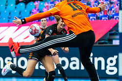 Kelly Dulfer of Netherlands, Blanka Biro of Hungary in action during the Women's EHF Euro 2020 match between Netherlands and Hungry at Sydbank Arena on december 08, 2020 in Kolding, Denmark (Photo by RHF Agency/Ronald Hoogendoorn),