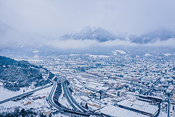 THEMENBILD - Blick auf Innsbruck und dem Inntal, aufgenommen am 04. Januar 2019 in Innsbruck, Österreich // View of the City and the Inntal, Innsbruck, Austria on 2019/01/04. EXPA Pictures © 2019, PhotoCredit: EXPA/ JFK