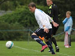 FODBOLD: Christian Hørlykke (Kastrup) under kampen i DBU Pokalen mellem Kastrup Boldklub og Elite 3000 Helsingør den 31. august 2011 på Røllikevej, Kastrup. Foto: Claus Birch