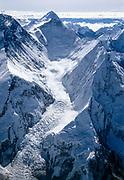 Western Cwm, aerial view Chomolungma, Mt Everest, showing Khumbu icefall, Lhotse, Makalu, South Col & Nuptse., Khumbu Himal, Nepal, Himalaya. Photo: Dick & Pip Smith