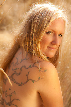 Sheila, Tattoo Plus You, A Photo Story of Body Ink
