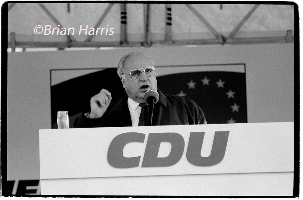 Germany_Chancellor Helmut Kohl on election campaign Furstenwalde Germany 1994